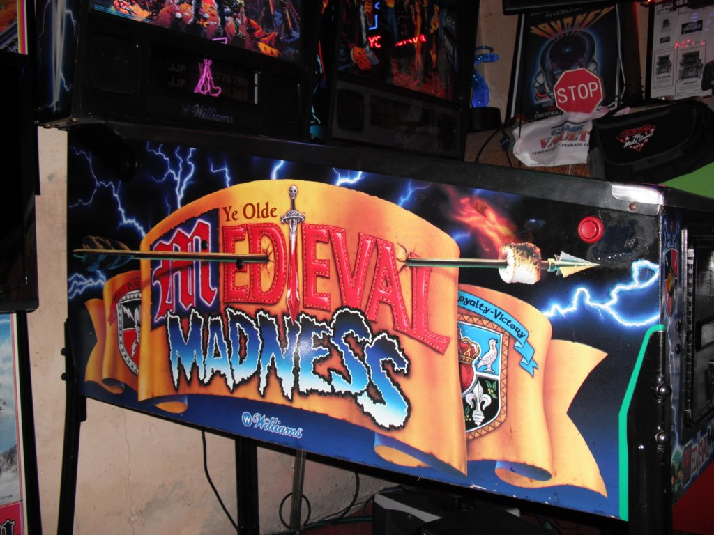 Medieval Madness Sideart